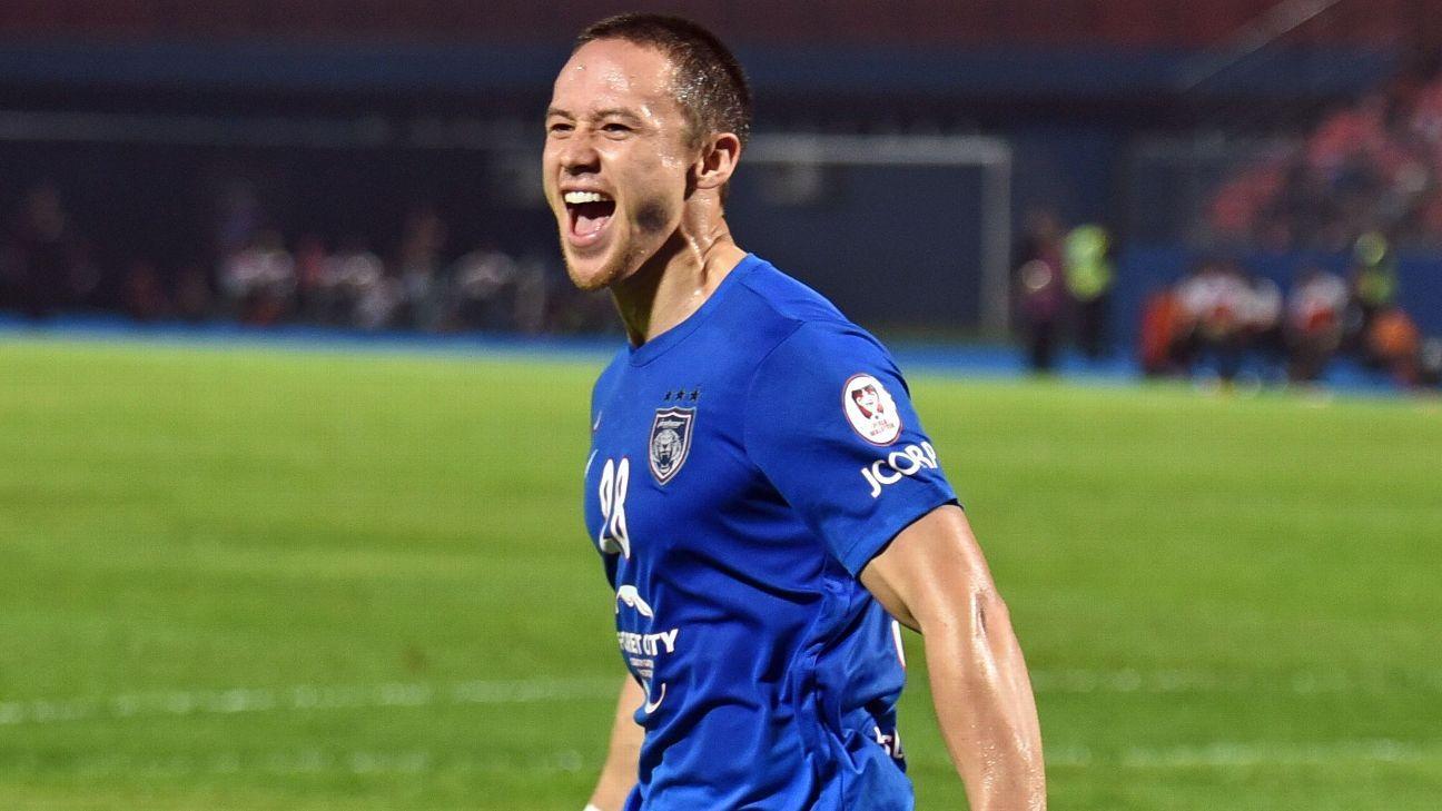 Darren Lok celebrates JDT goal in 2017 Malaysia Cup