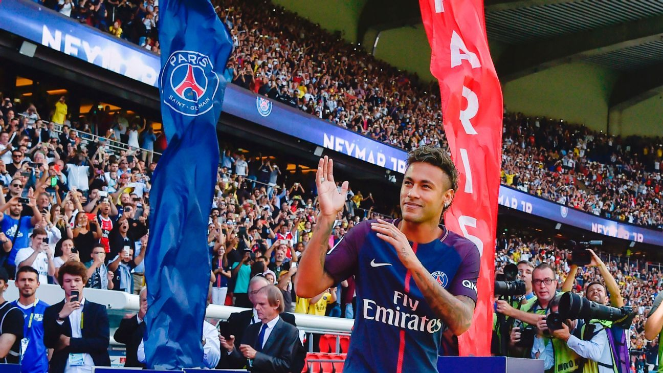 Neymar left Barcelona for Paris Saint-Germain in a €222 million deal back in 2017.