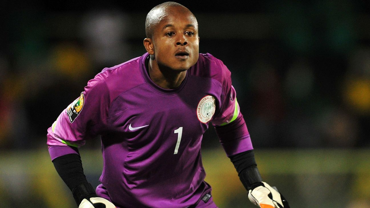 Ikechukwu Ezenwa in action for the Nigeria national team