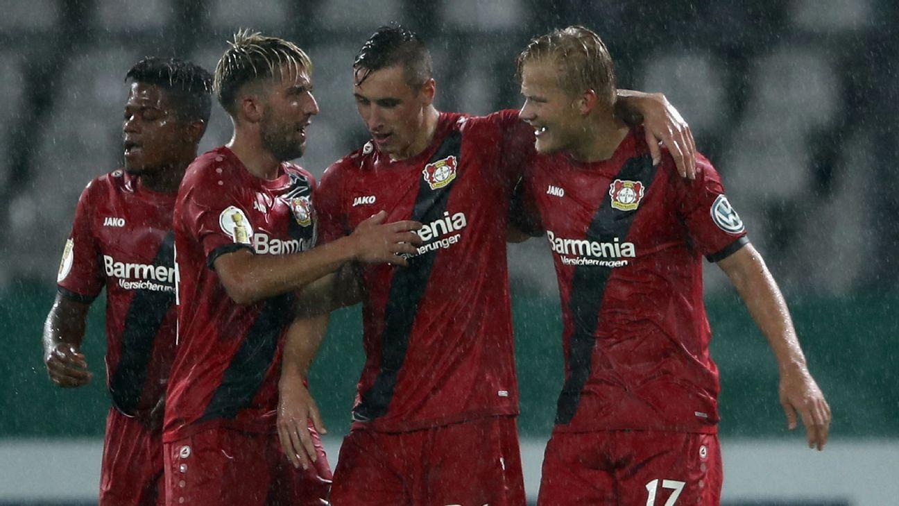 Leverkusen celeb DFP Pokal 170811