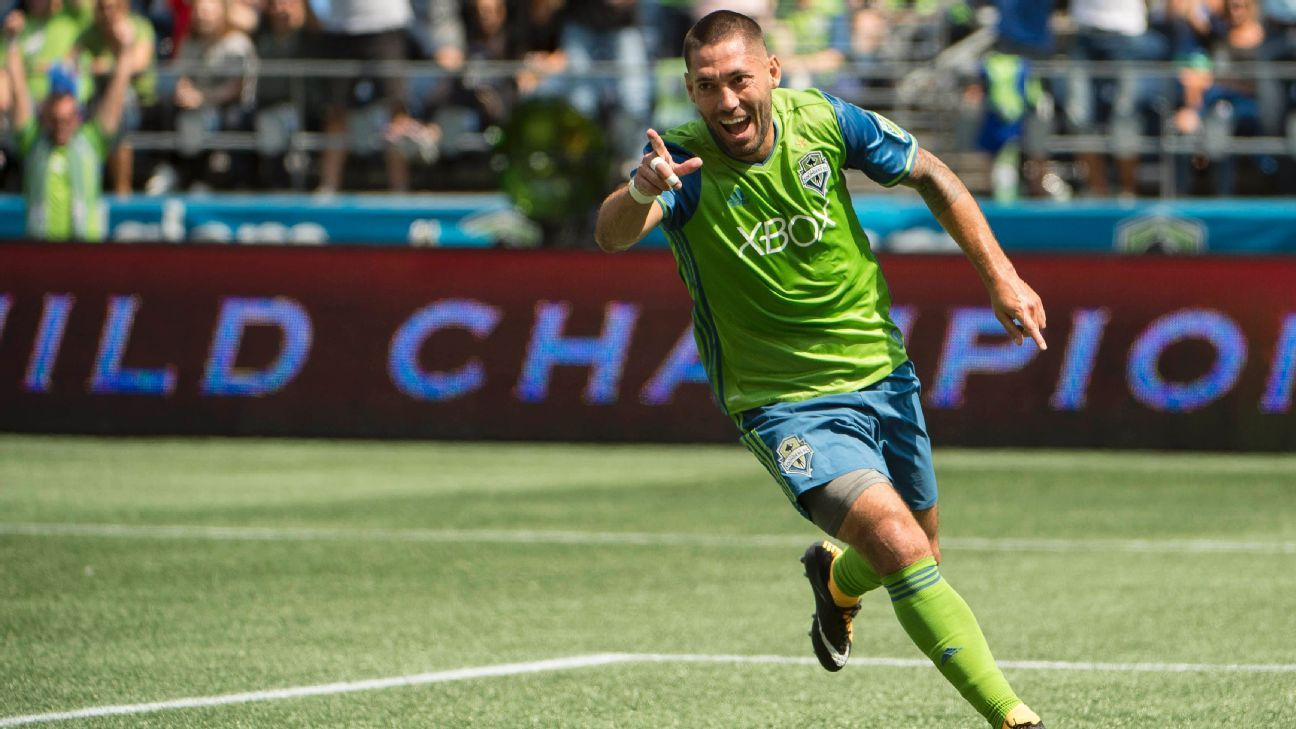 Sounders confirm Clint Dempsey has signed one-year deal