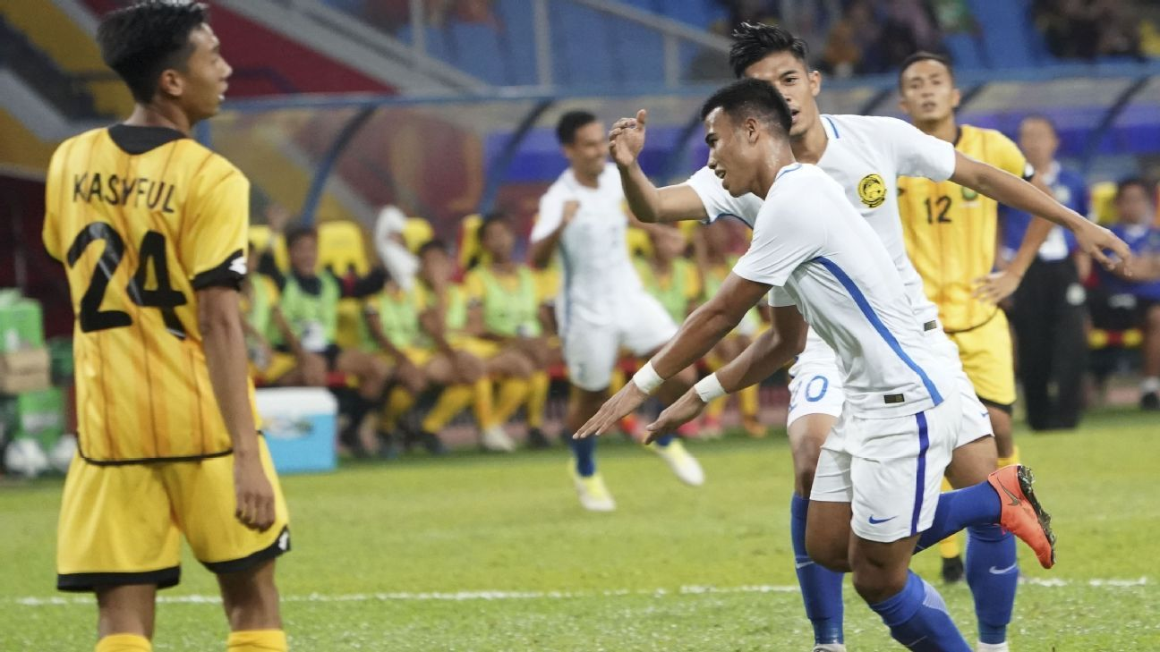 Safawi Rasid scores for Malaysia v Brunei in 2017 SEA Games