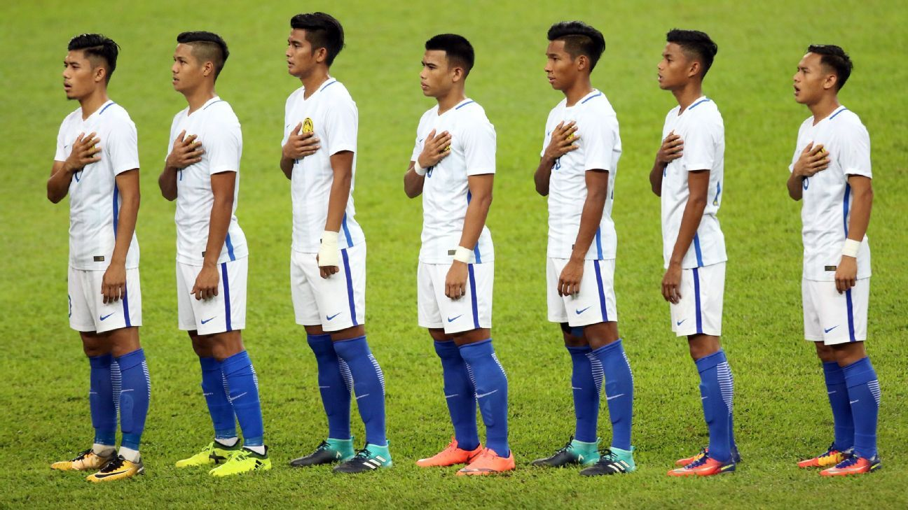 Malaysia sing national anthem at SEA Games