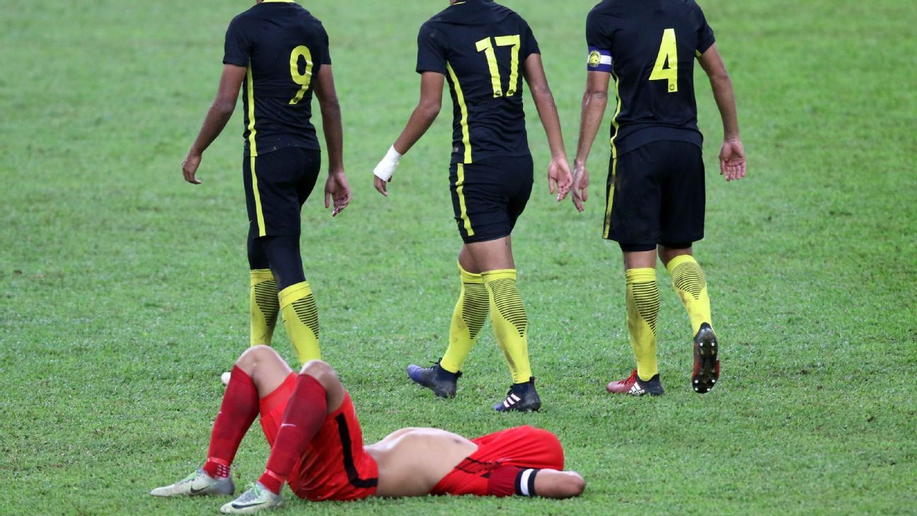 Dejected Singapore after SEA loss to Malaysia