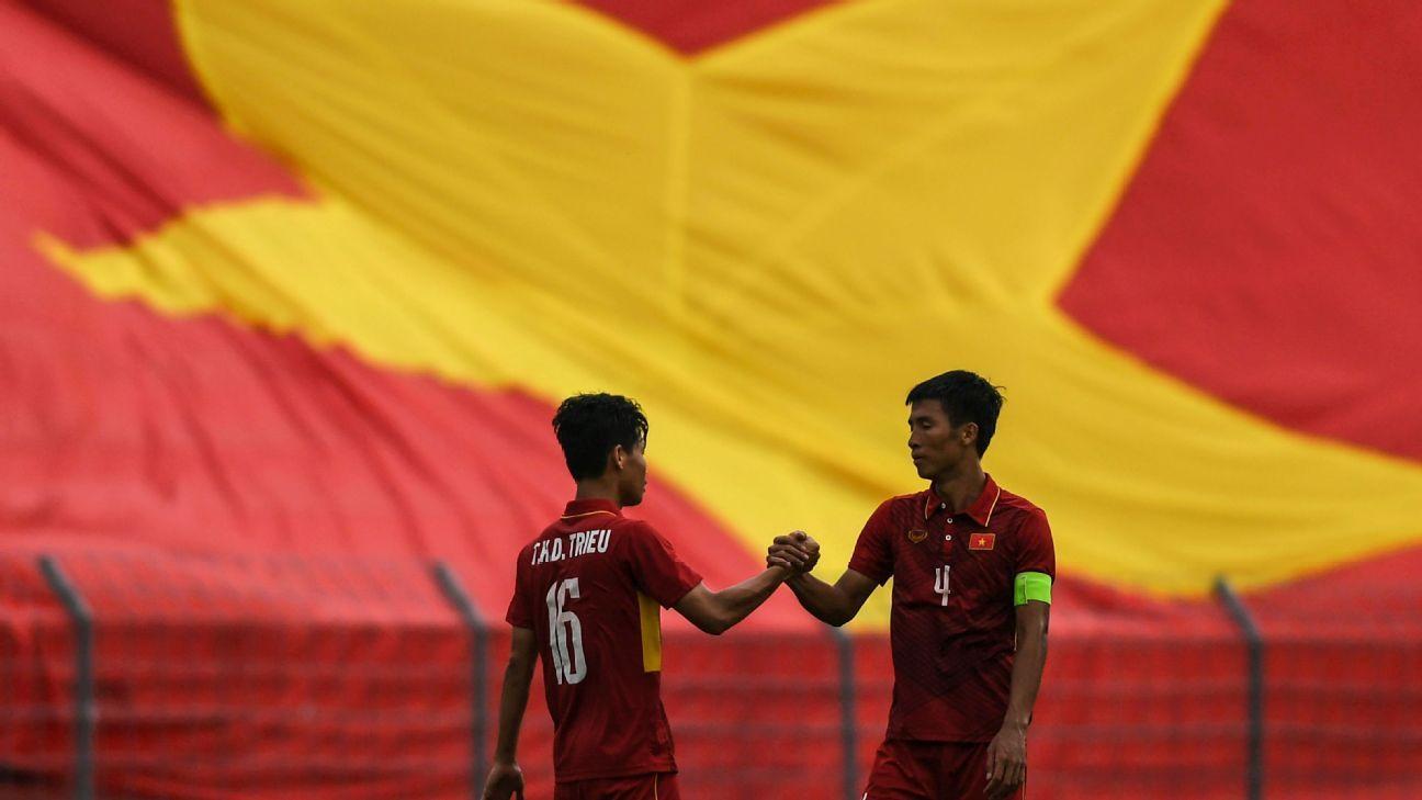 Vietnam's Bui Tien Dung & Tran Huu Dong Trieu at SEA Games