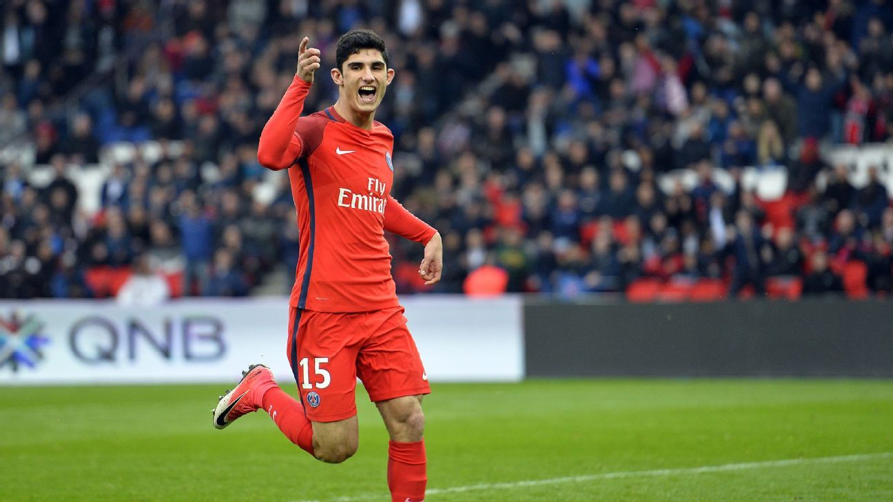 Goncalo Guedes in action for PSG last term.