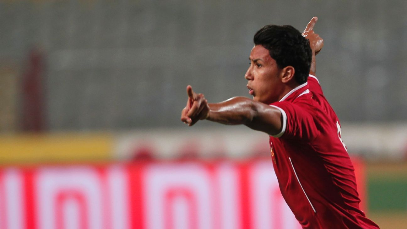 Amr Gamal celebrates a goal for Al Ahly