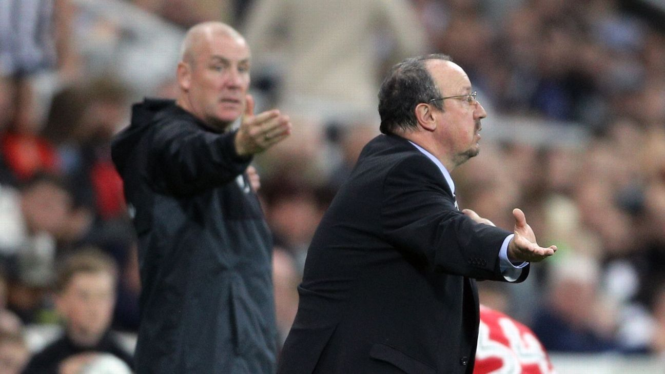 Rafa Benitez gestures on the sidelines during Newcastle's Carabao Cup loss to Nottingham Forest.