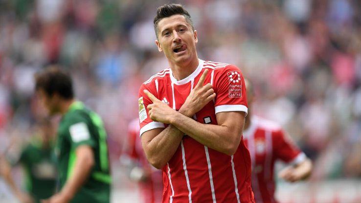 Robert Lewandowski celebrates his first goal