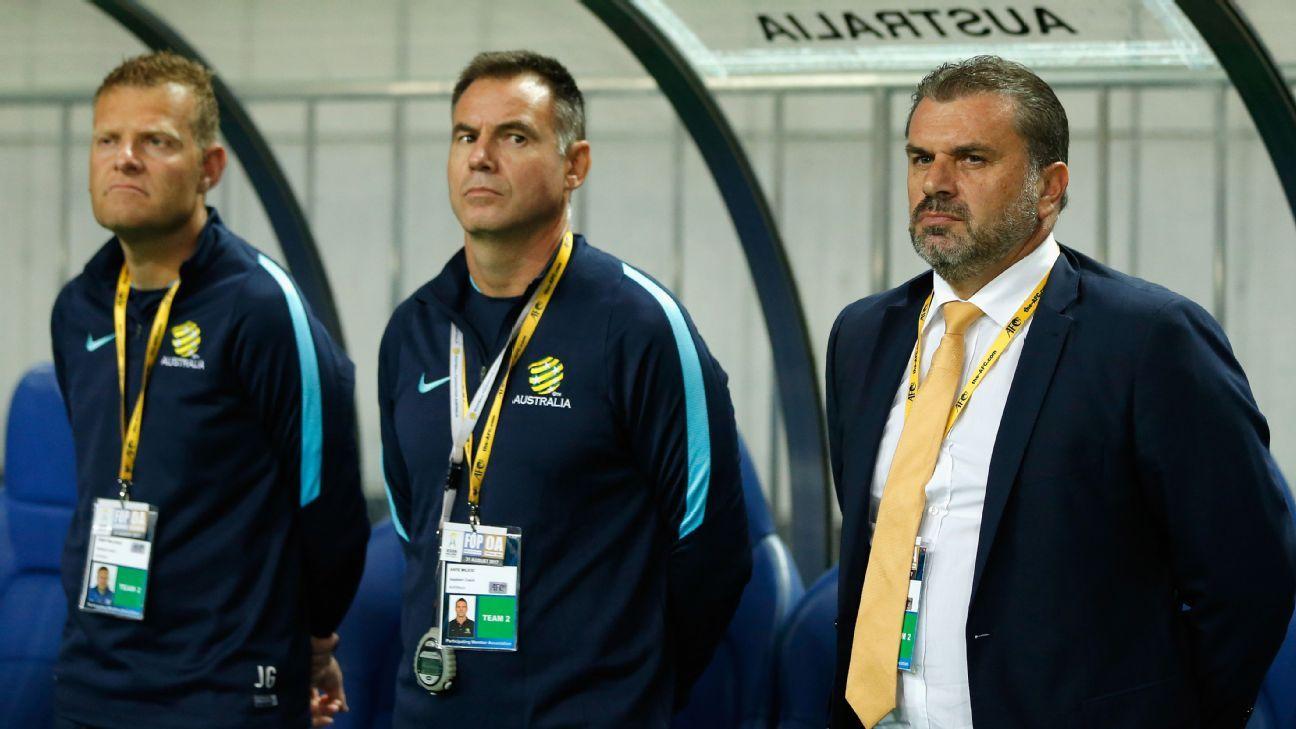 Australia coach Ange Postecoglou v Japan