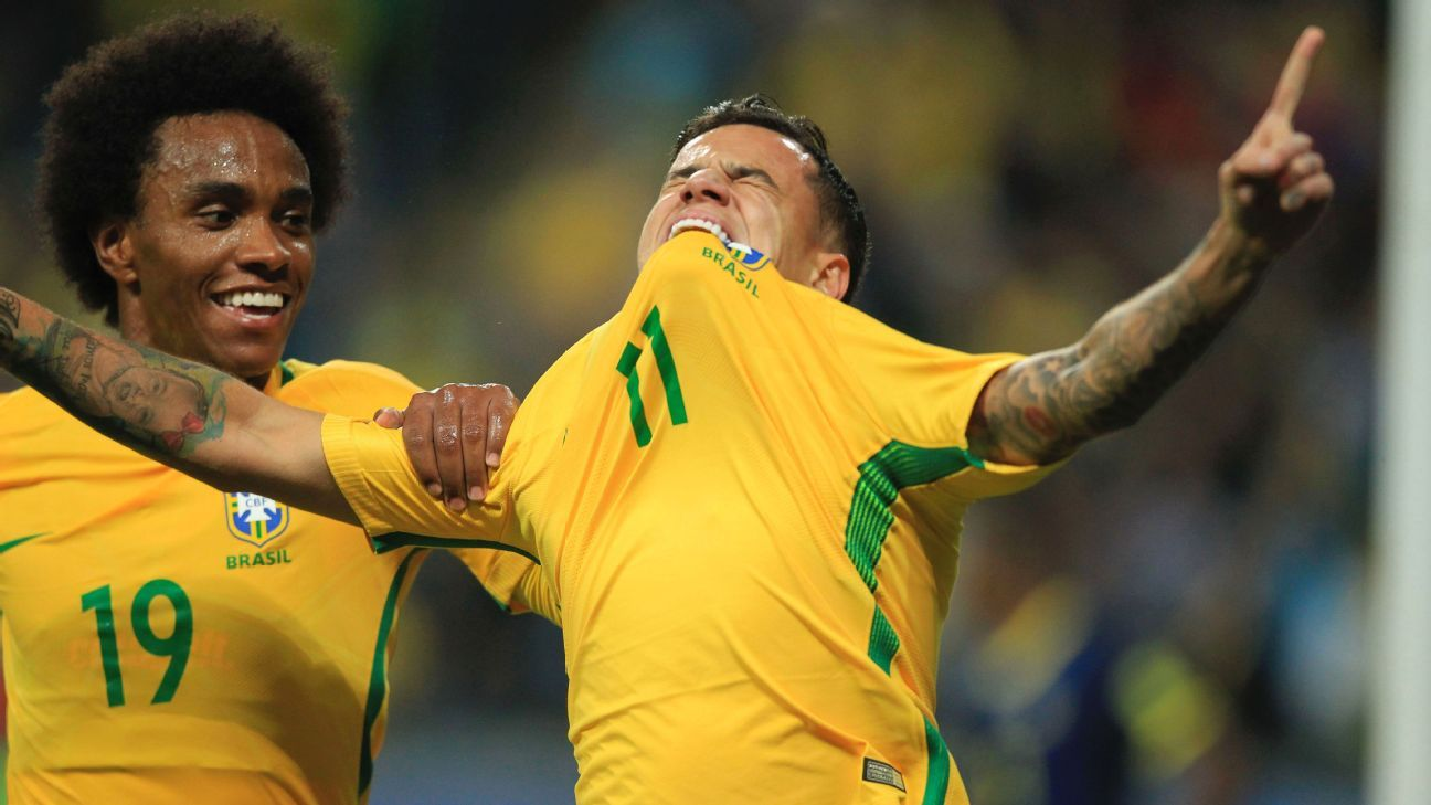 Philippe Coutinho celebrates after scoring a goal for Brazil against Ecuador.
