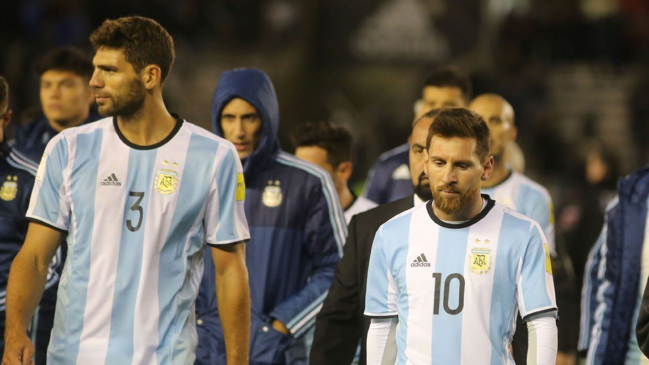 Lionel Messi leaves the field after a disappointing World Cup qualifying draw for Argentina vs. Venezuela.