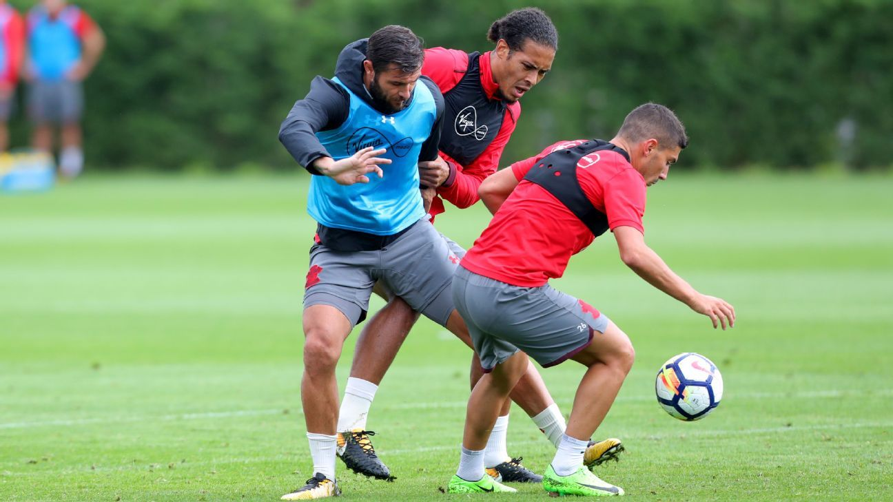 Virgil van Dijk Southampton training