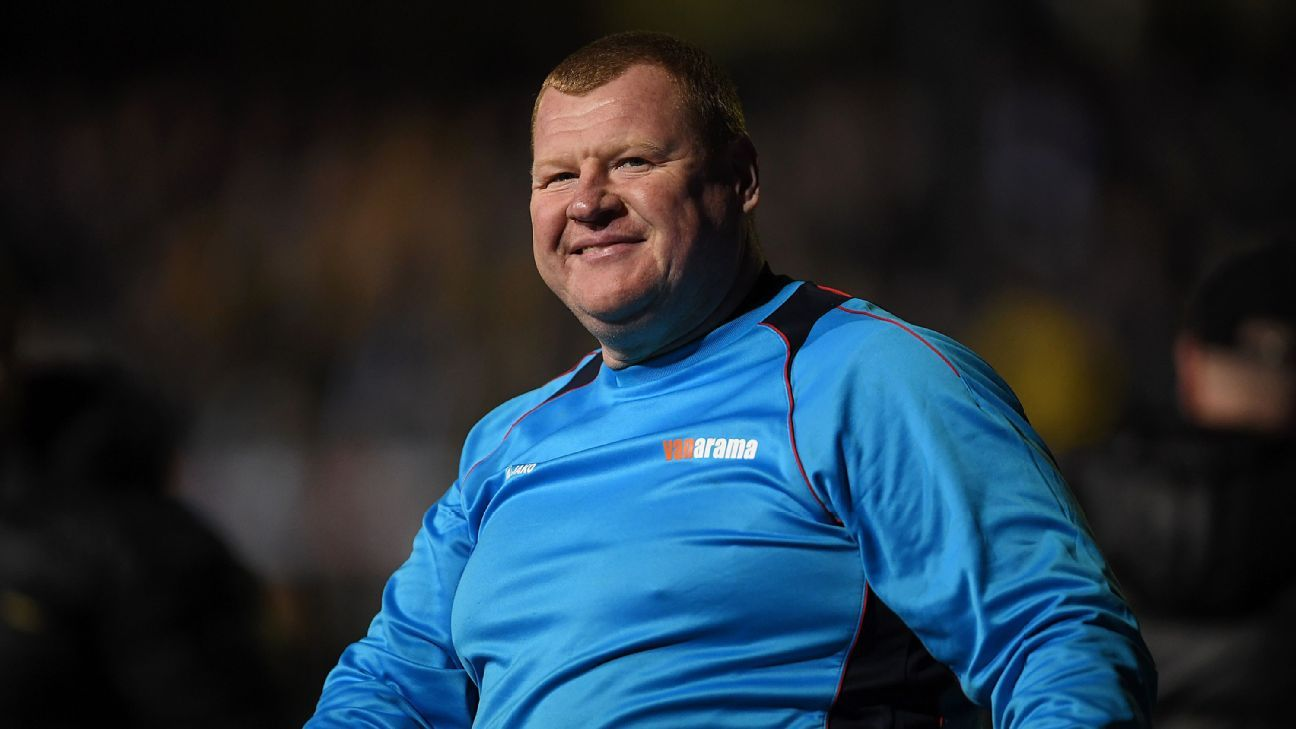 Wayne Shaw with Sutton United