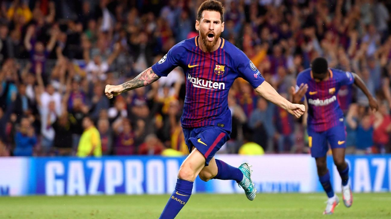 BARCELONA, SPAIN - SEPTEMBER 12:  Lionel Messi of Barcelona celebrates scoring his sides first goal during the UEFA Champions League Group D match between FC Barcelona and Juventus at Camp Nou on September 12, 2017 in Barcelona, Spain.