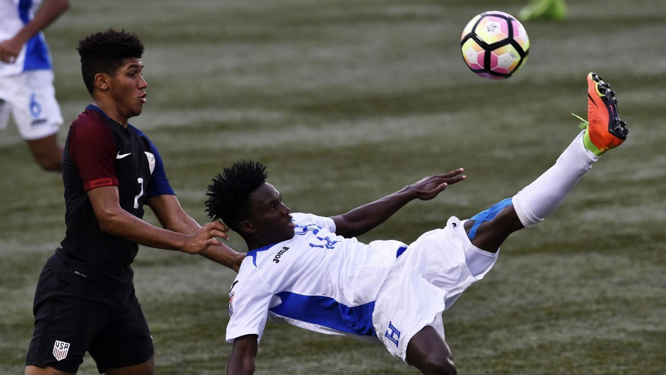 Sporting KC's youth push continues with signing of Jaylin Lindsey, 17