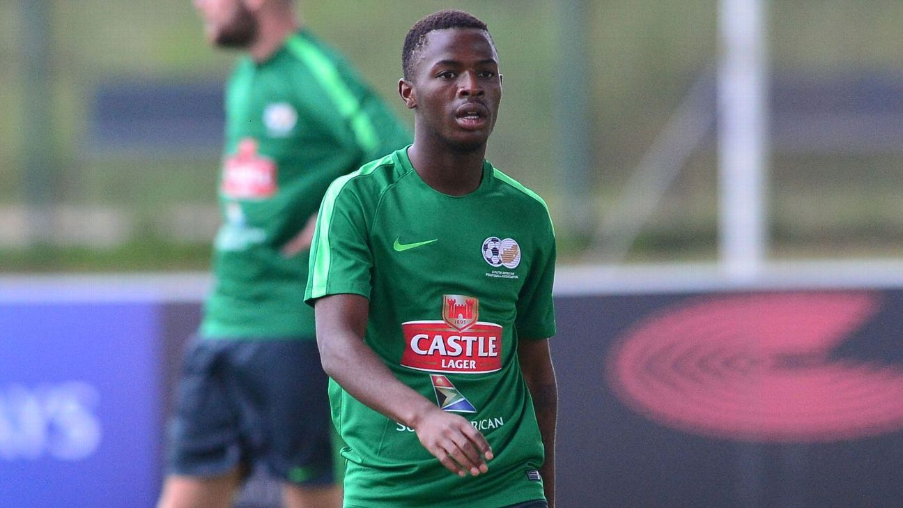 Bafana international Phakamani Mahlambi joined Al Ahly in 2017
