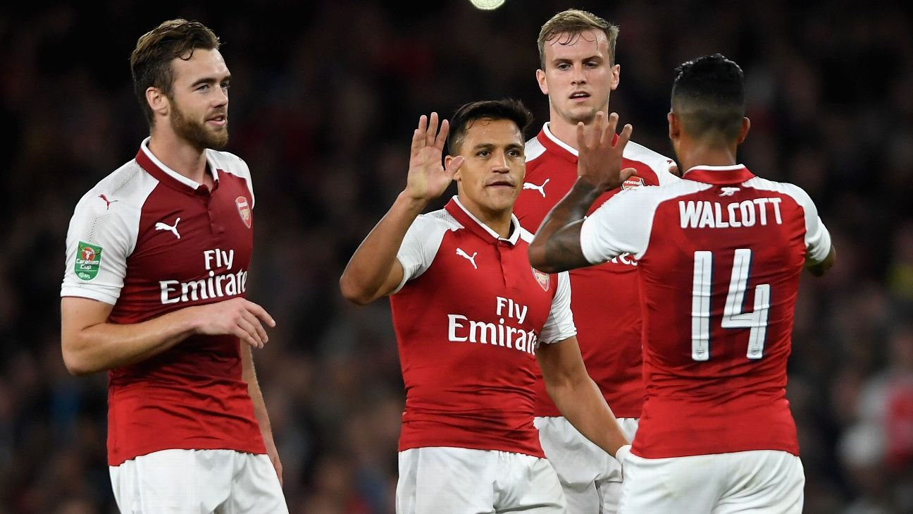 Theo Walcott scored Arsenal's only goal as they beat Doncaster in the Carabao Cup.