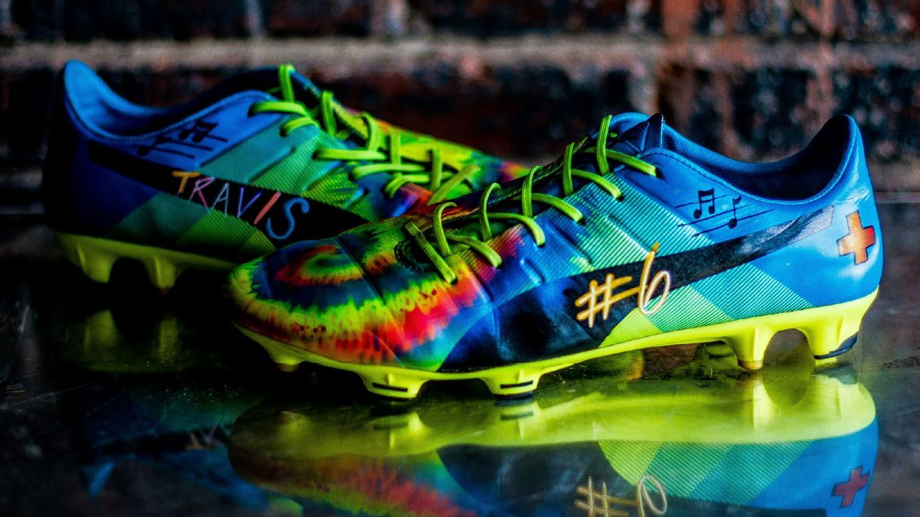 Union show Philly's heart with cleats raising awareness for pediatric cancer