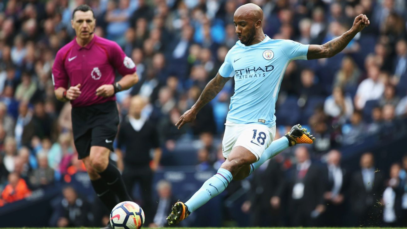Fabian Delph in action for Manchester City against Crystal Palace.