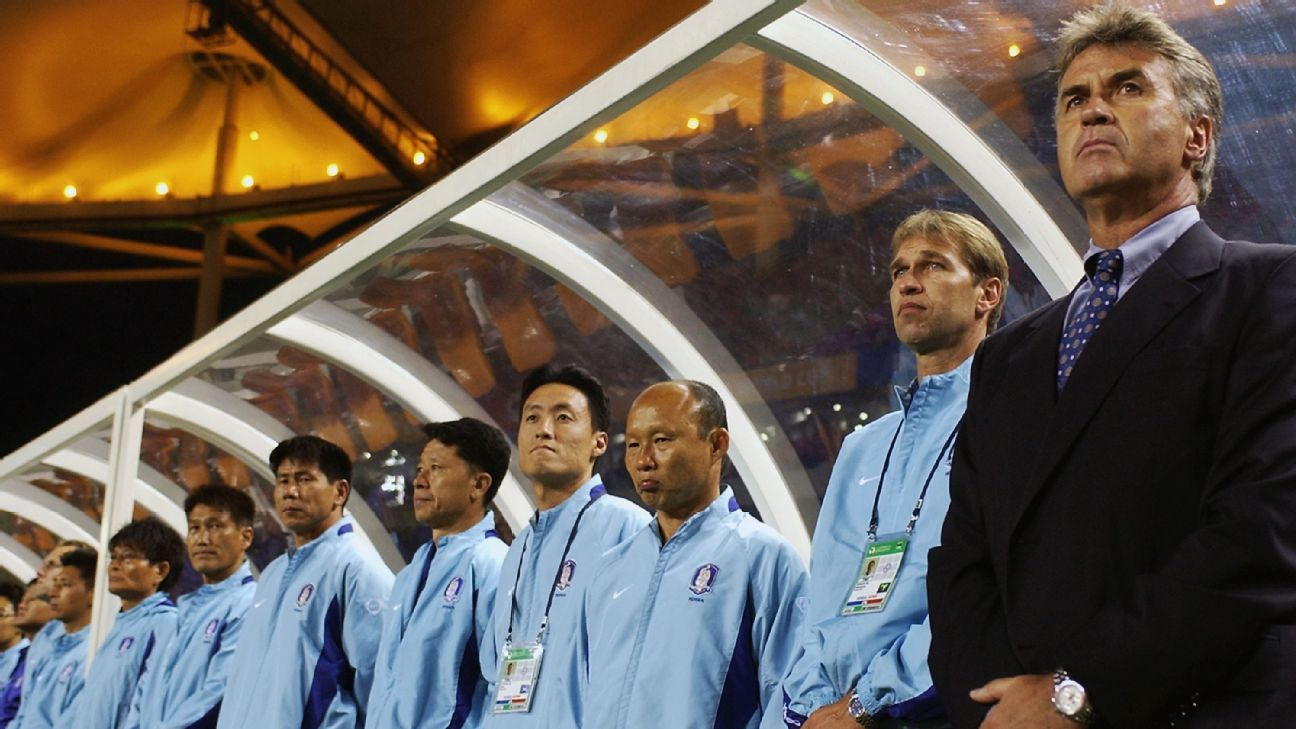 Park Hang-Seo, third from left, with Guus Hiddink