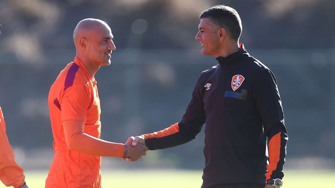 Massimo Maccarone with Brisbane Roar coach John Aloisi