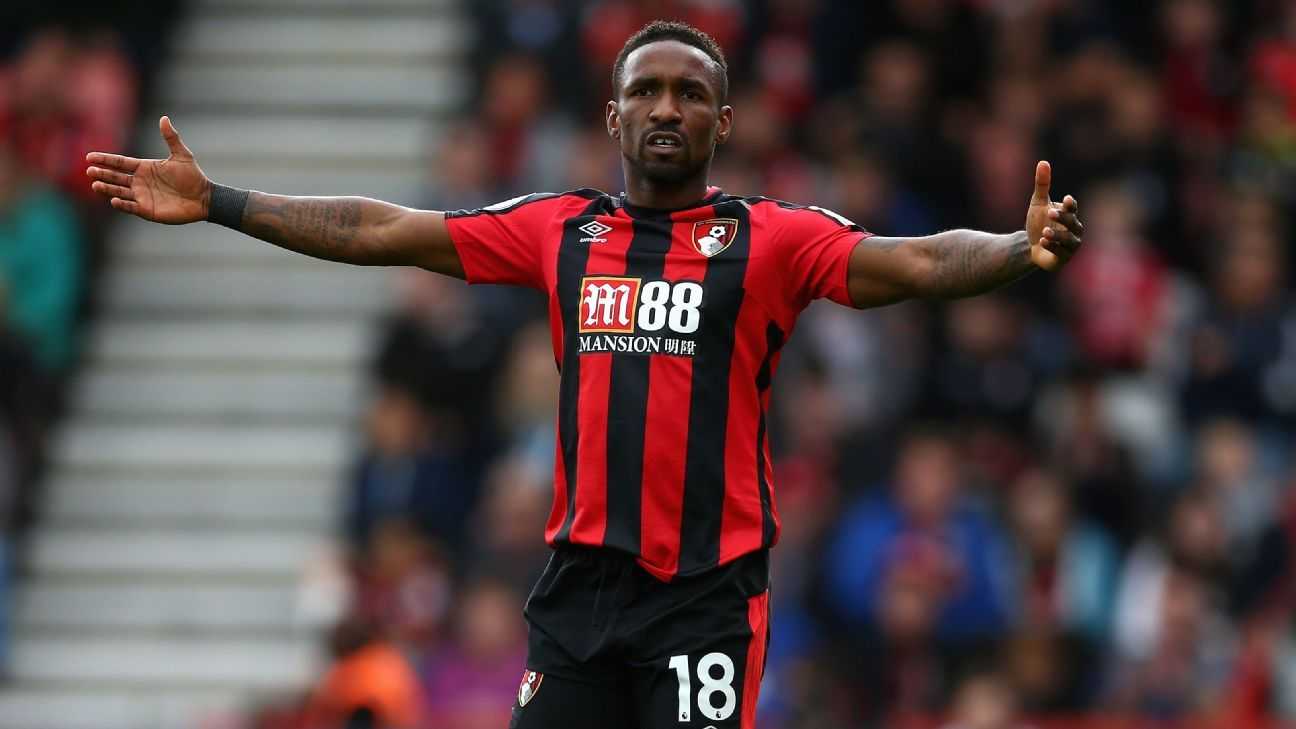 Jermain Defoe was unable to find the back of the net against Leicester.