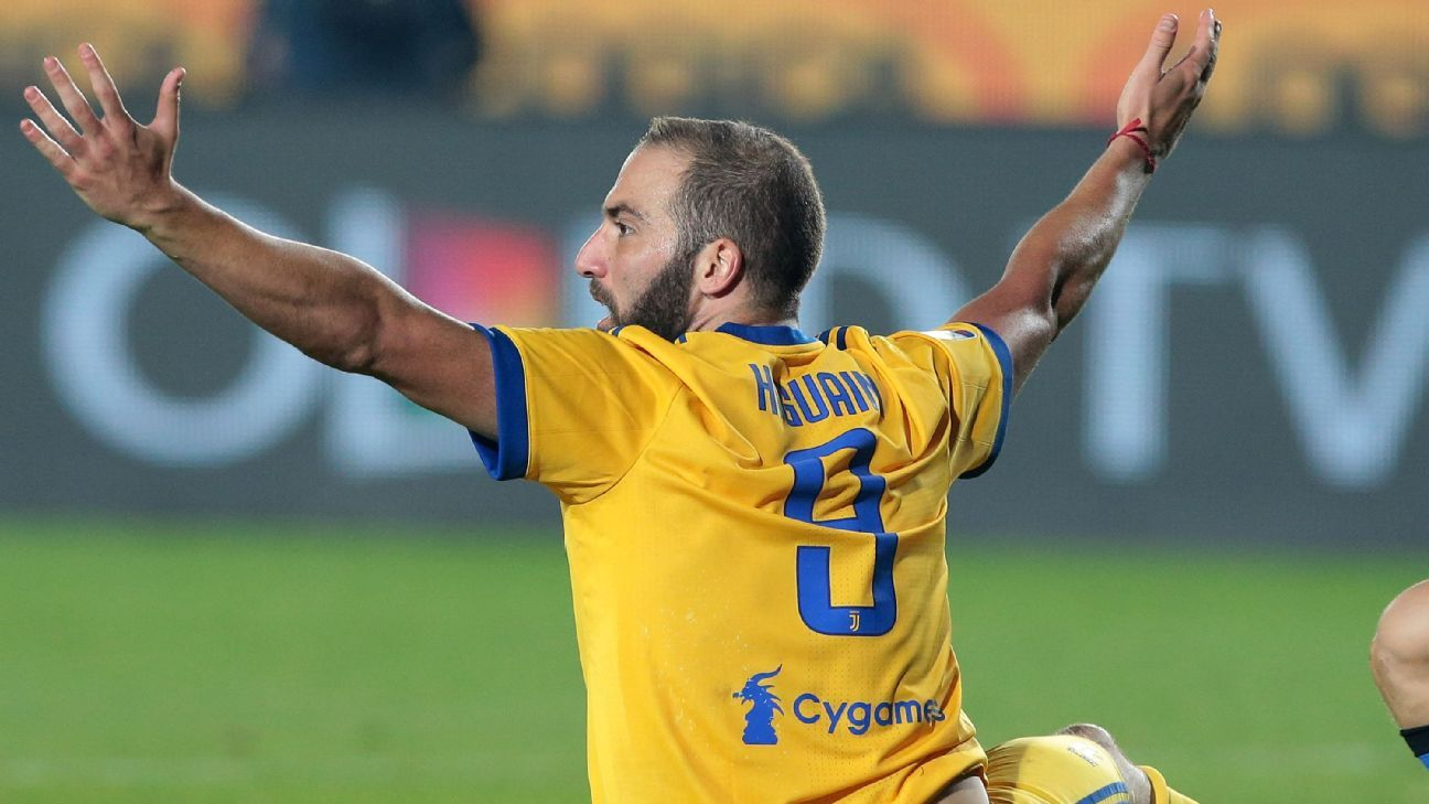 Gonzalo Higuain gestures to the referee for a foul during Juventus' match against Atalanta on Sunday.