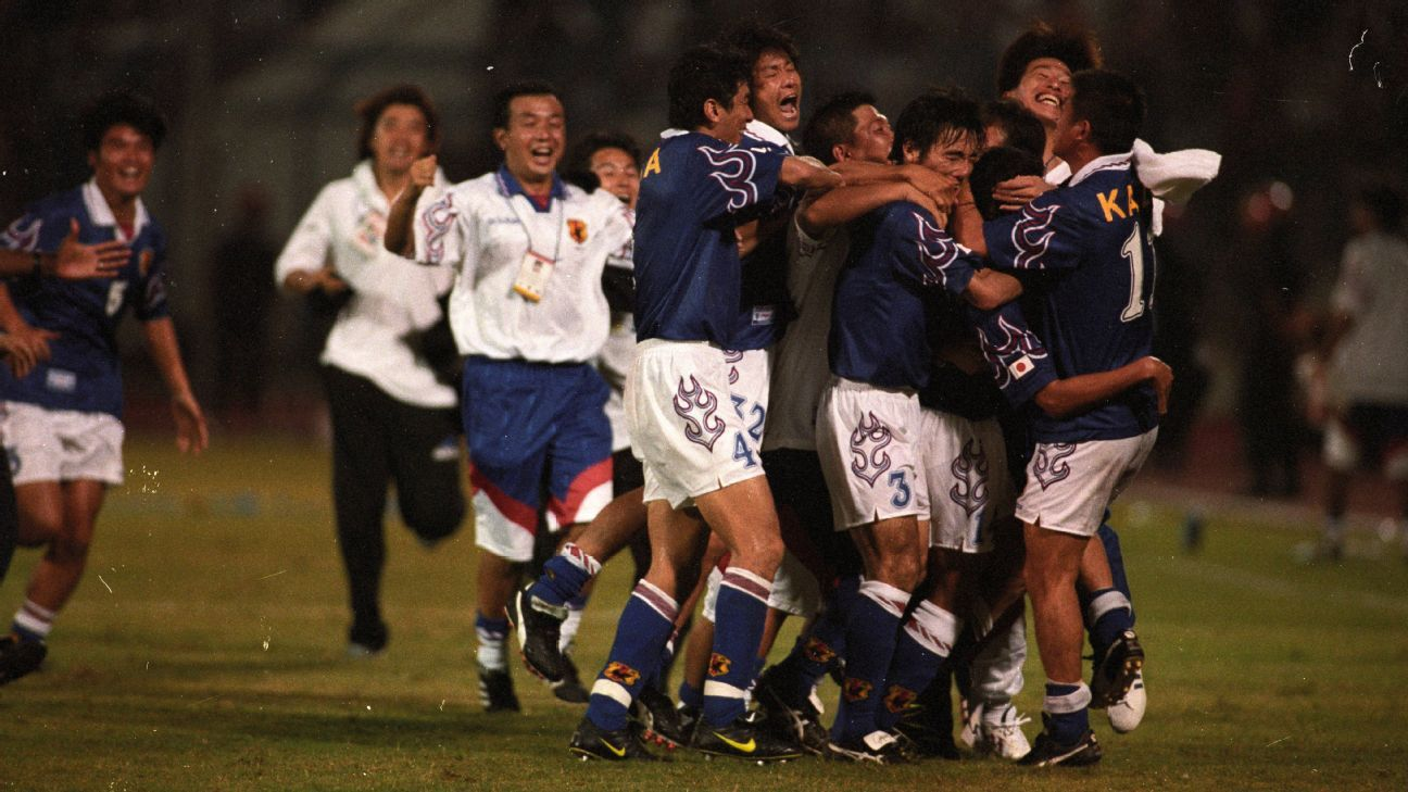 Japan celebrate 1998 World Cup playoff win vs. Iran