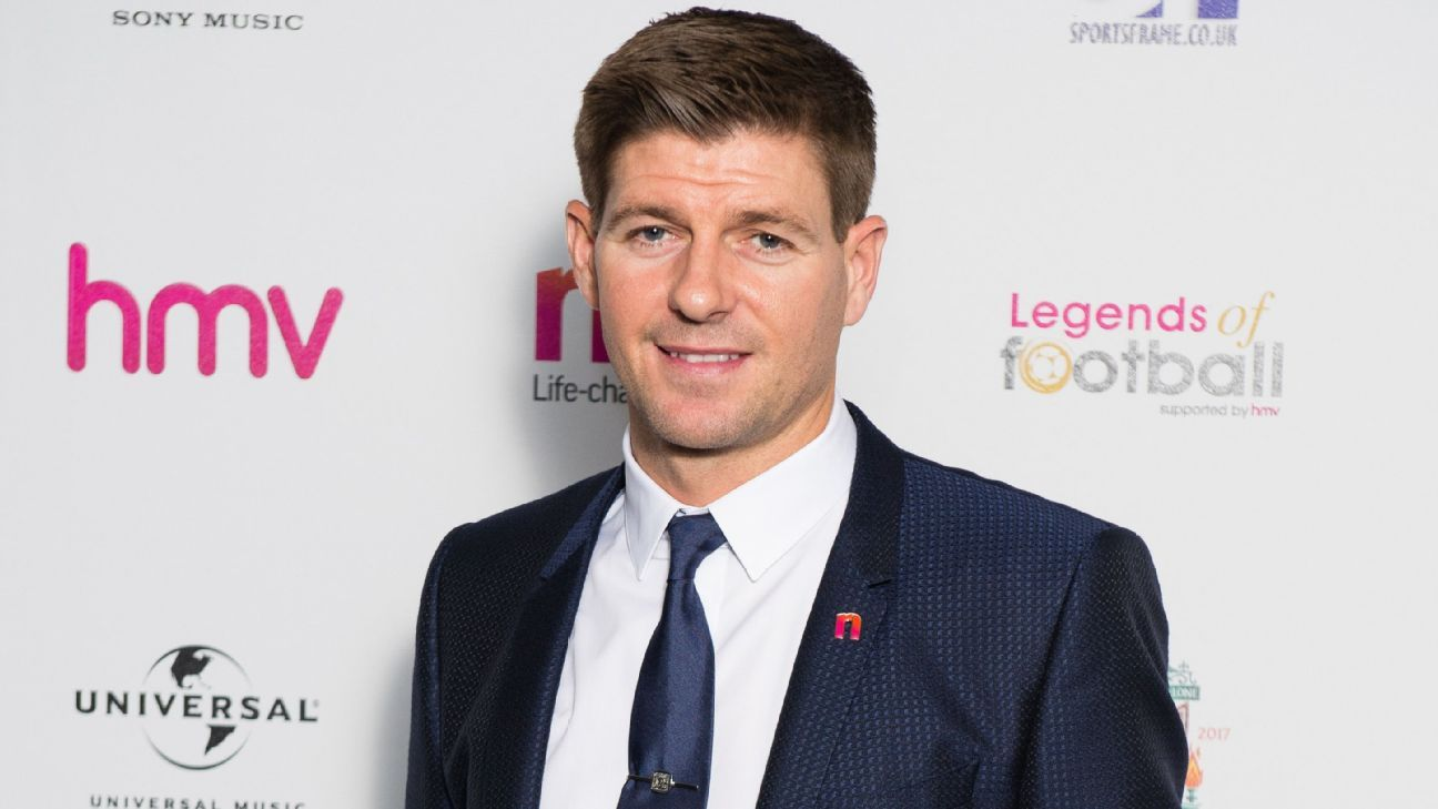 Liverpool's Steven Gerrard was honoured at the Legends of Football event in London
