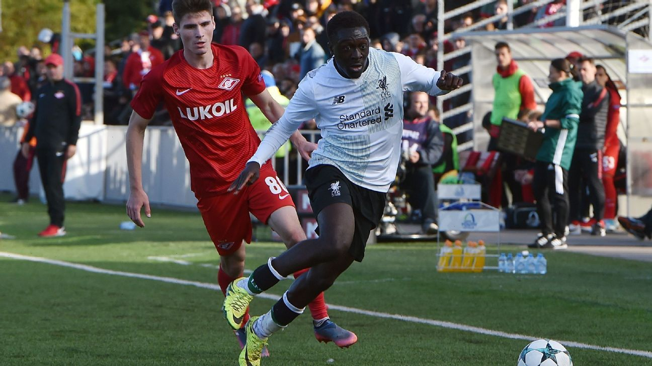 Liverpool's Bobby Adekanye chases the ball during UEFA Youth League tie at Spartak Moscow