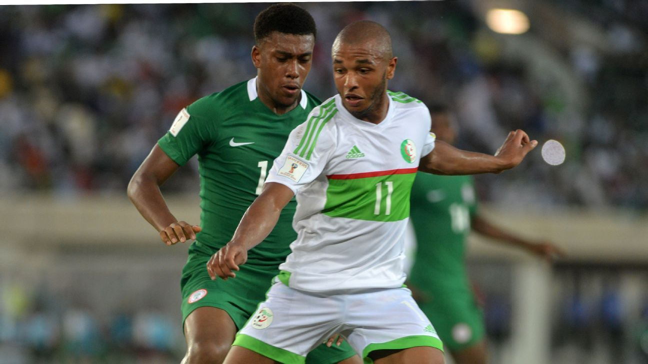 Alexi Iwobi in action against Algeria