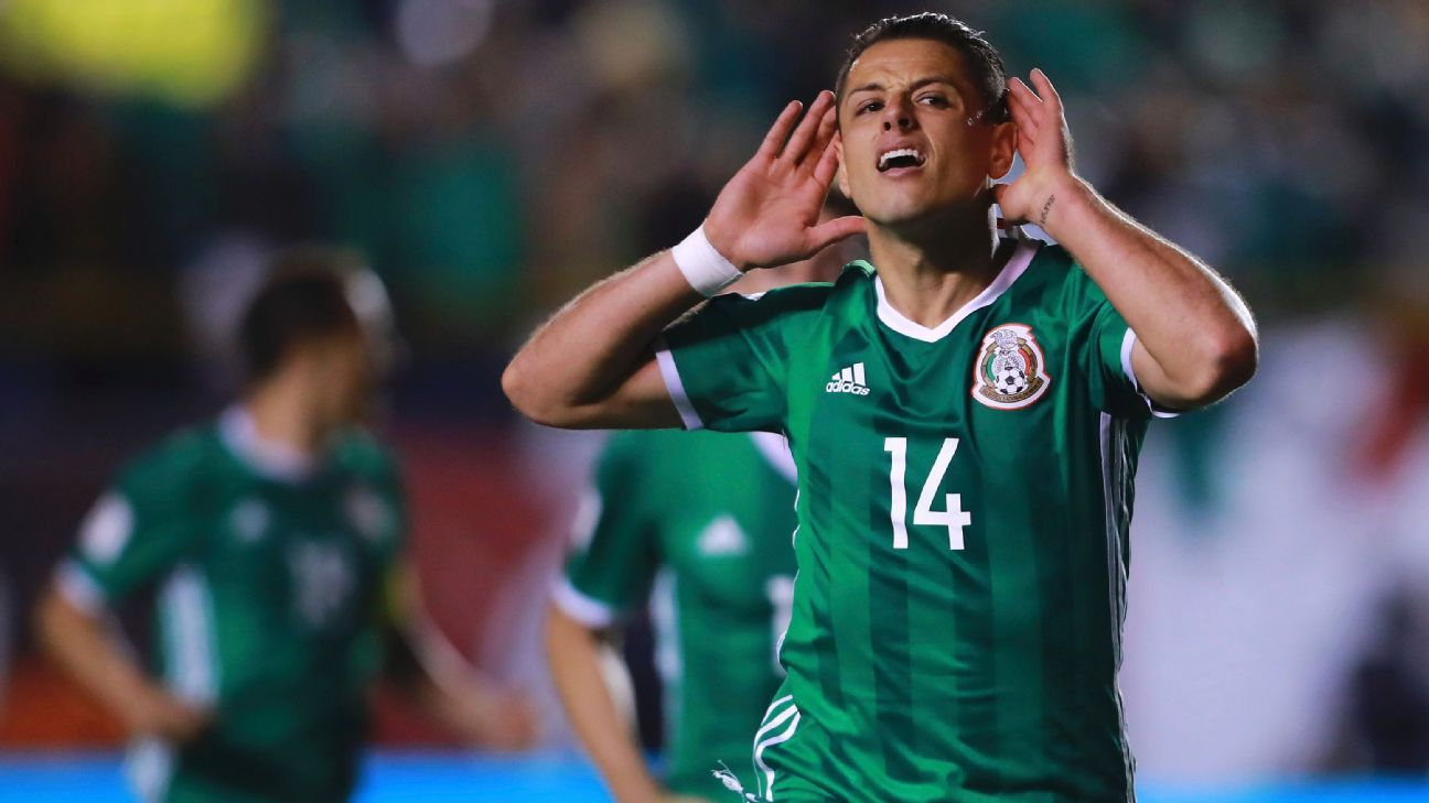 Javier Hernandez scored the winner for Mexico against Trinidad and Tobago.