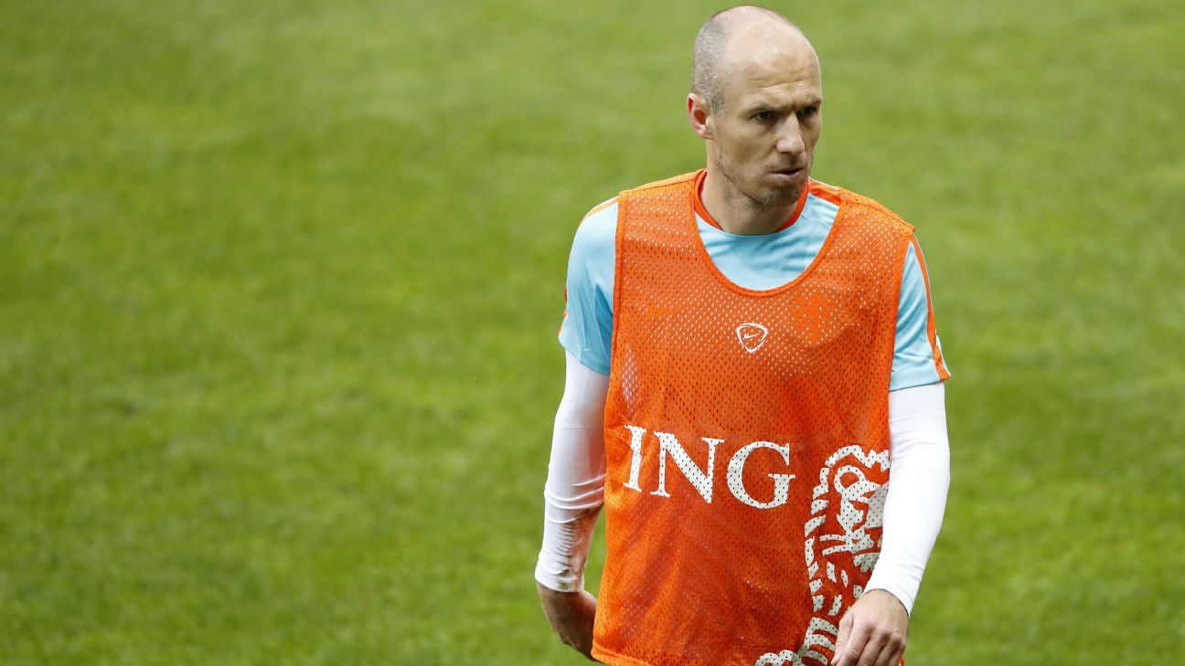 Arjen Robben before Netherlands' World Cup qualifying victory against Belarus.