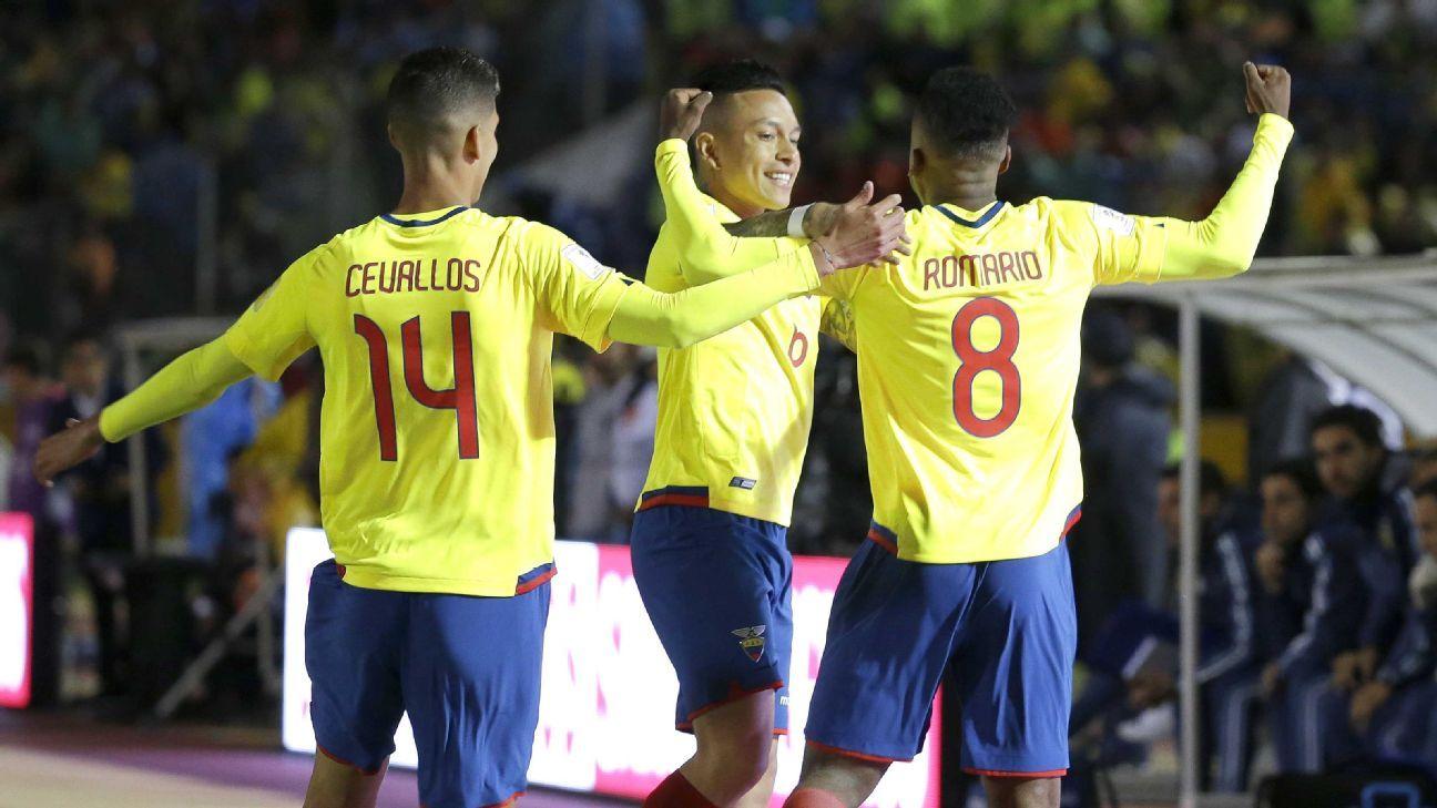 Romario Ibarra (right) during Ecuador's World Cup qualifier vs. Argentina.