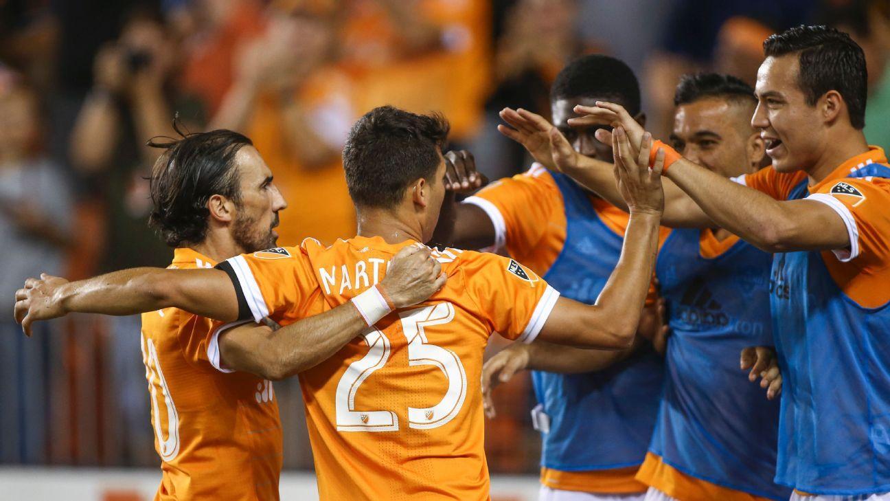 Houston Dynamo beat Sporting KC to solidify playoff spot