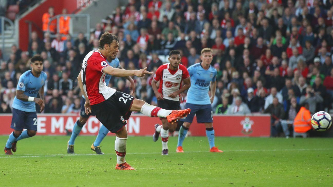 Manolo Gabbiadini's double rescued Southampton on Sunday.