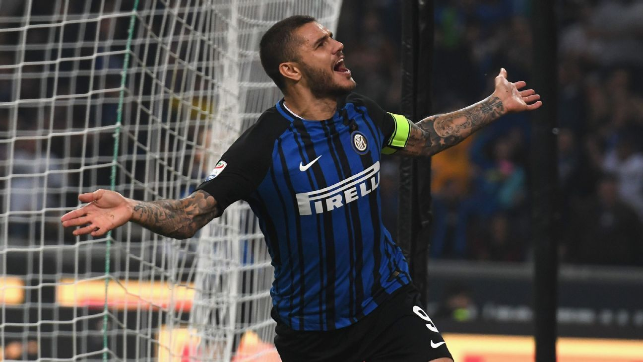 Mauro Icardi celebrates the first of his three goals on Sunday.