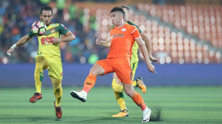 Khairul Helmi, of Kedah vs. Thiago, of Felda United