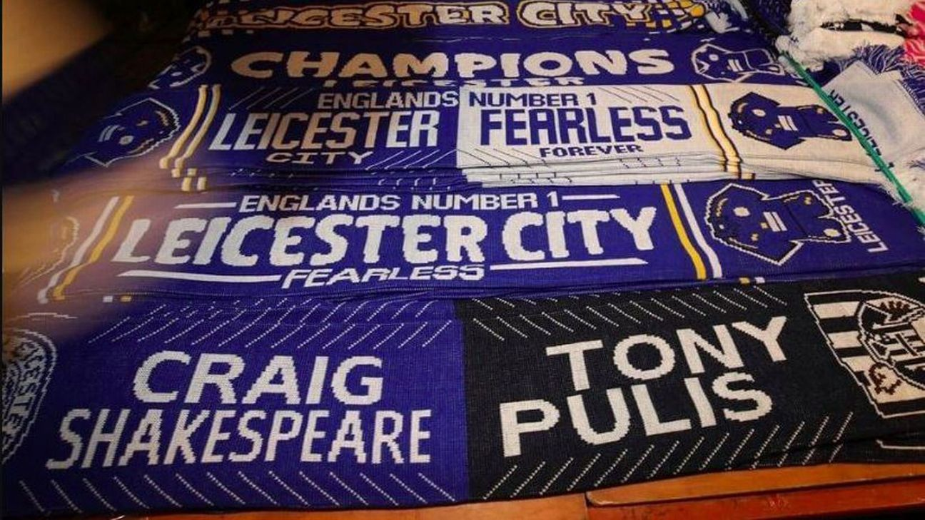 Half-and-half scarf for managers at Leicester-West Brom