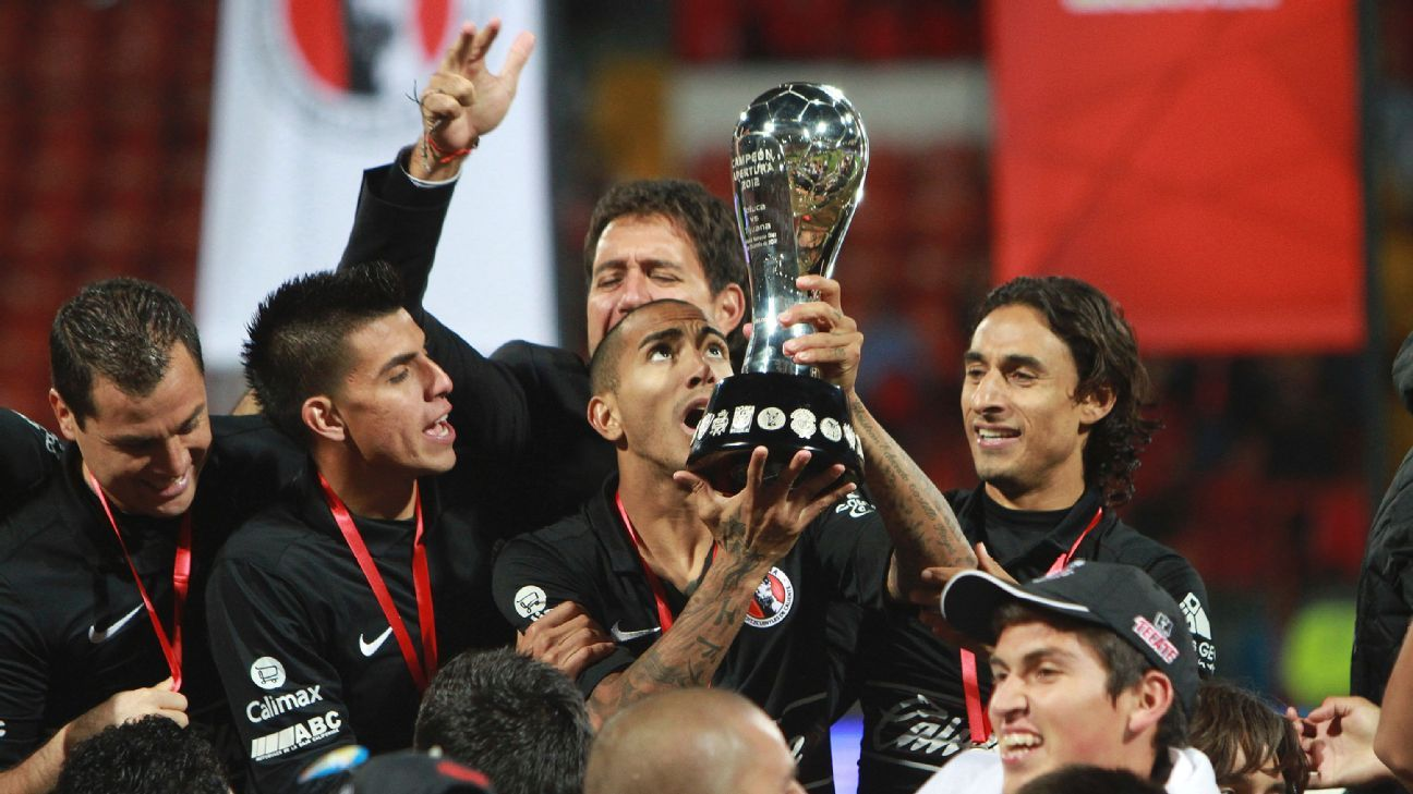 Tijuana trophy lift