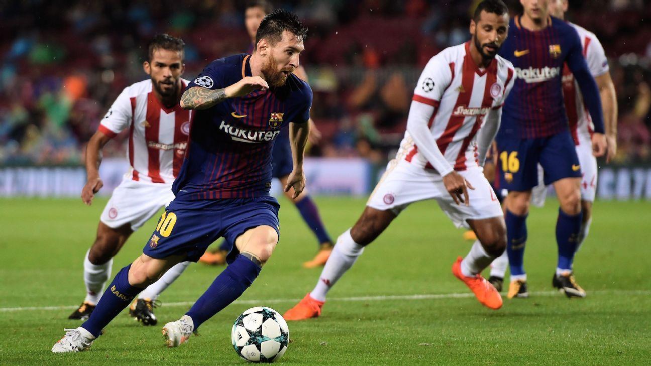Messi scores his 100th European goal, Pique sent off as Barca cruise