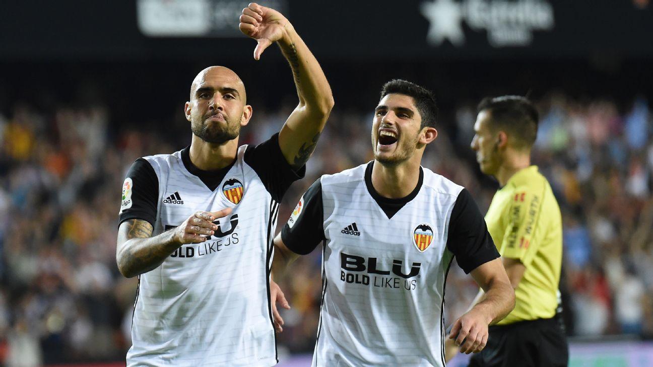 Valencia striker Simone Zaza celebrates goal in win over Sevilla