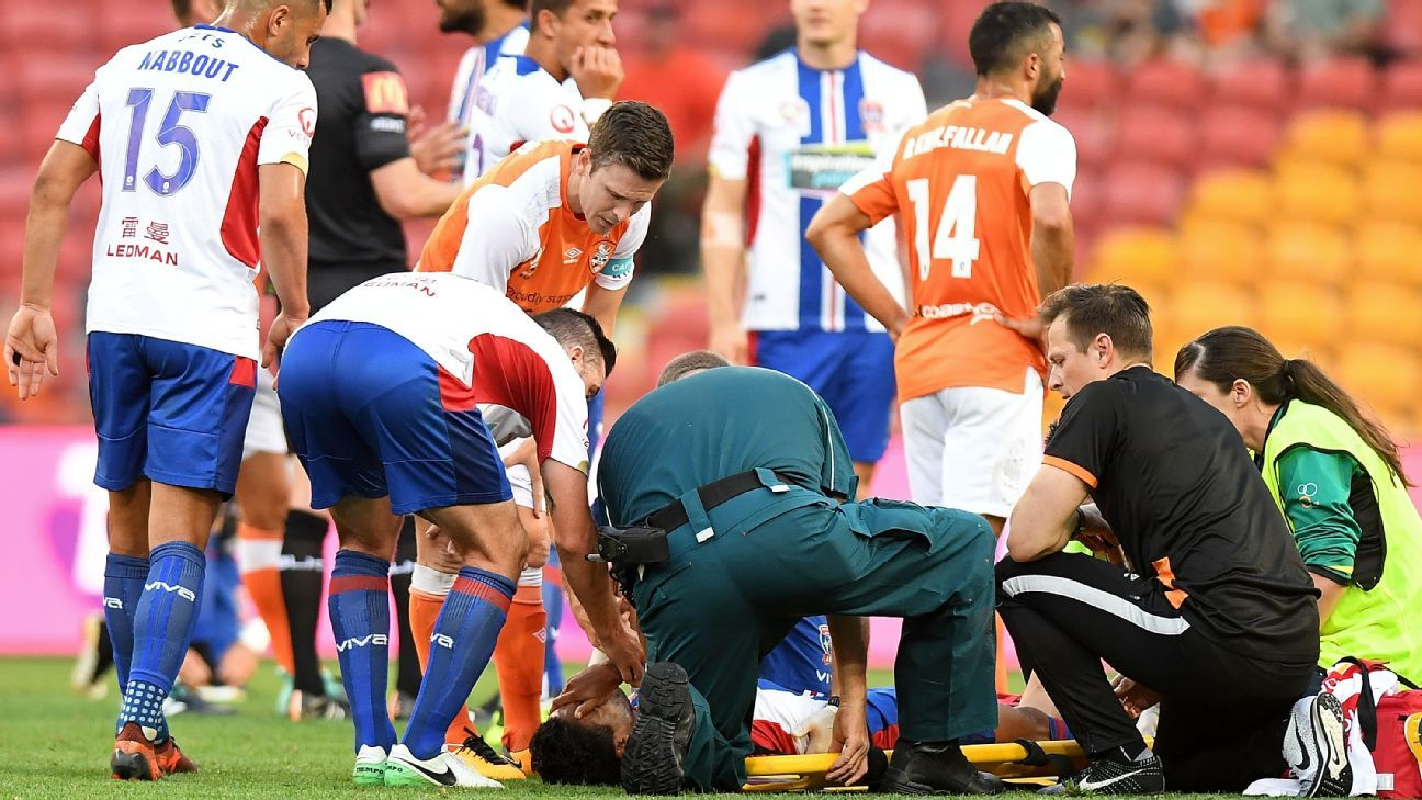 Ronald Vargas broke his tibia and fibula while also dislocating his ankle.