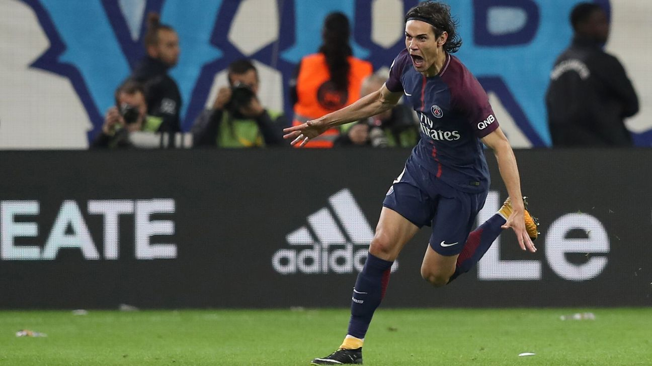 Edinson Cavani scored a last-ditch goal to earn a PSG a draw against Marseille.