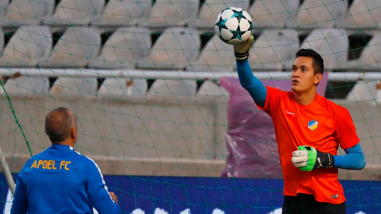 Mexican 'keeper Raul Gudino is struggling for chances in Cyprus.