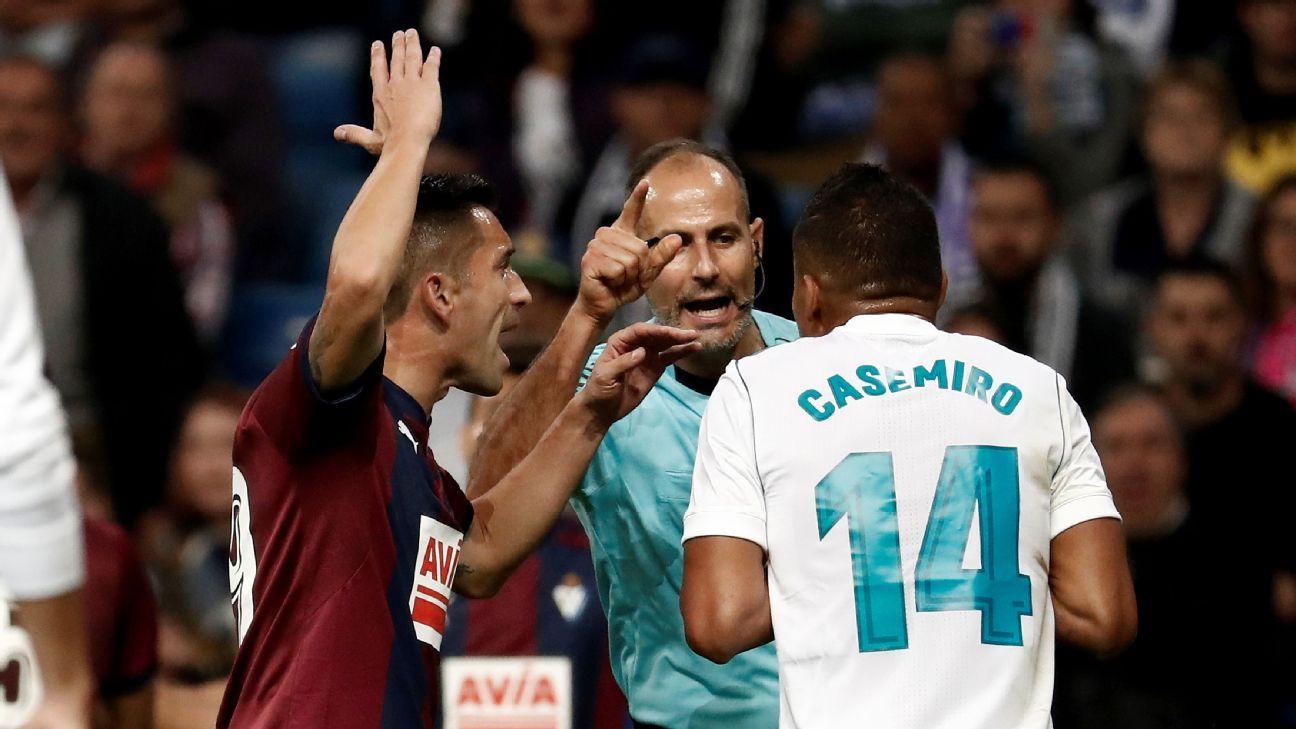 Casemiro Real Madrid v Eibar 20171022