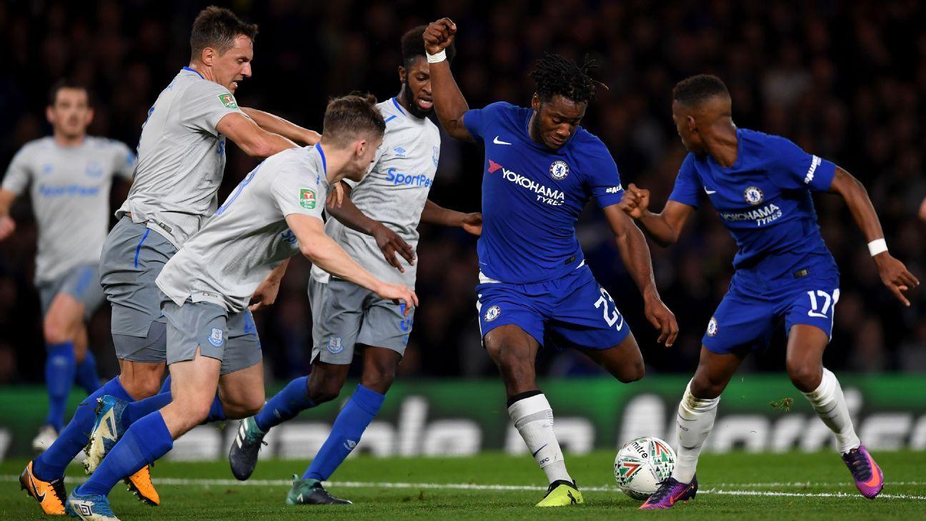 Batshuayi action vs Everton 171025
