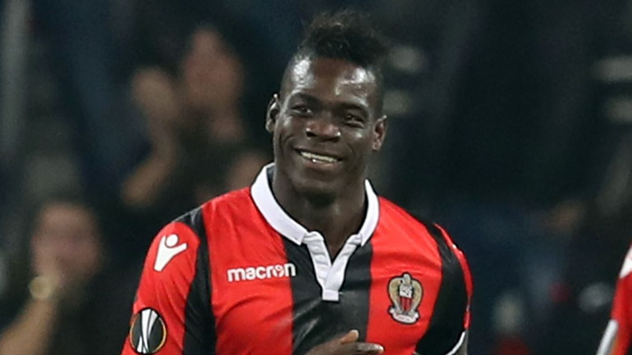 Mario Balotelli was expected to move to Marseille from Nice.