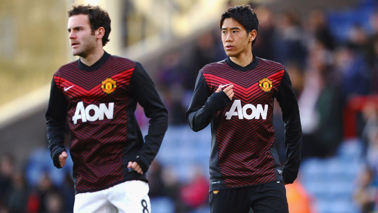 Juan Mata and Shinji Kagawa